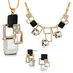 Náhrdelník s náušnicemi - šperková sada