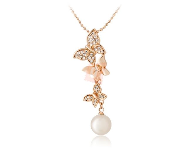 Náhrdelník s perlou a motýlky - zlatá barva 1