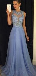 Sukienka balowa w kolorze niebieskim