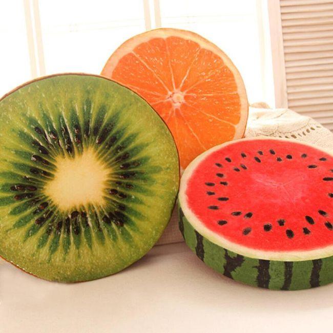 Pernă de scaun sub formă de legume și fructe 1