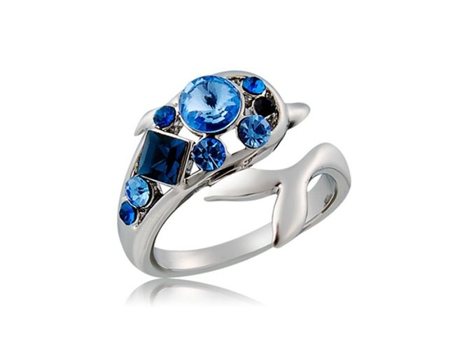 Pierścionek z niebieskimi kamyczkami 1