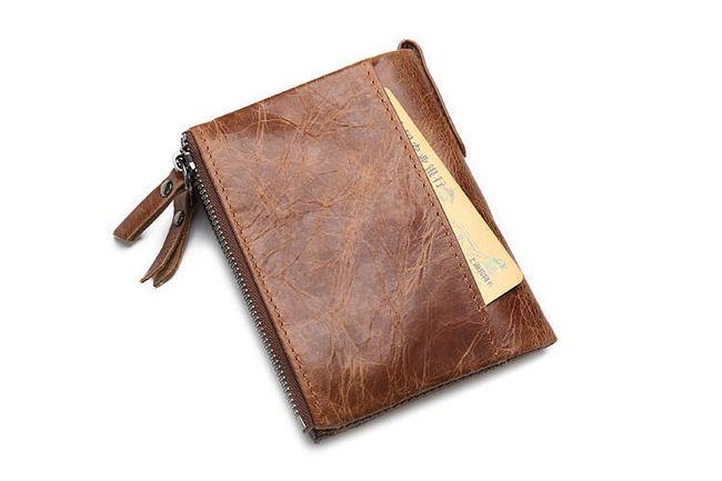 Praktikus pénztárca rögzítéssel