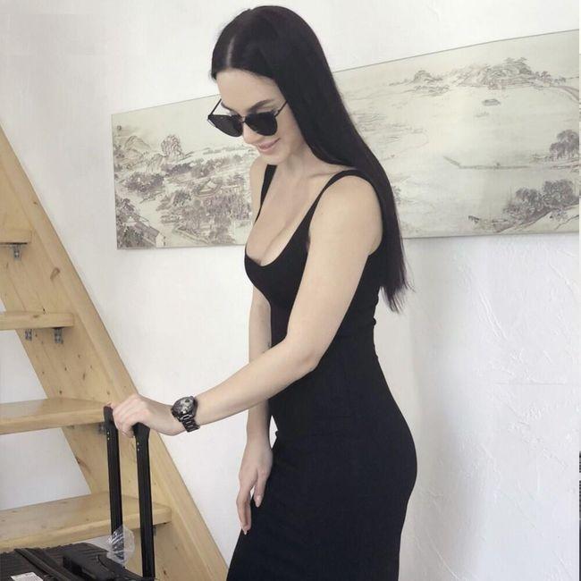 Damska sukienka DS38 1