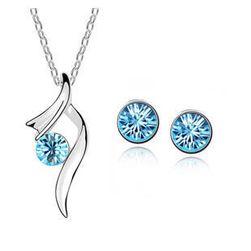 Sada šperků - náušnice a náhrdelník - světle modrá