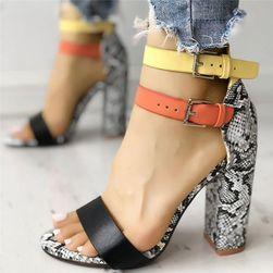 Ženske sandale na potpeticu TF5700