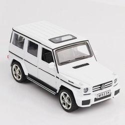 Model auta Mercedes G65 02