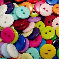Zestaw 100 kolorowych guzików