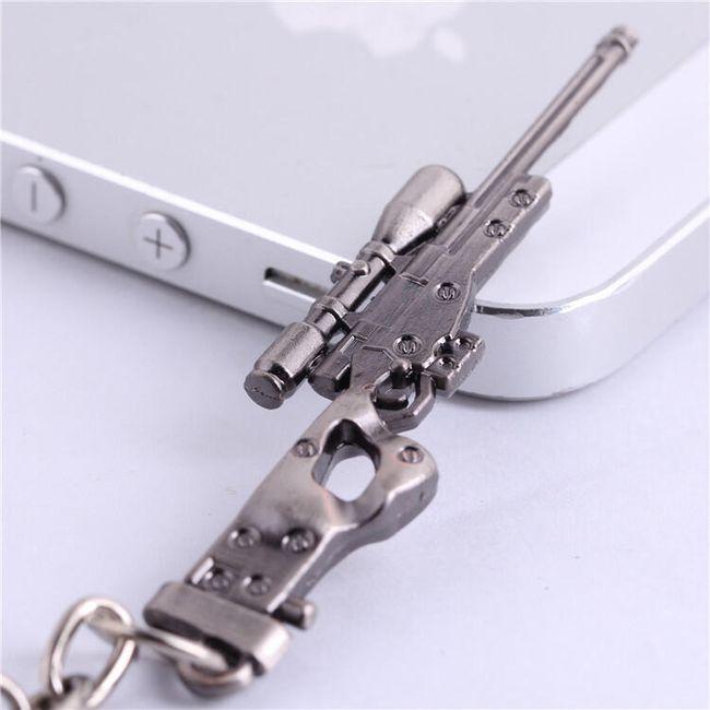 Obesek za ključe v obliki orožja 1