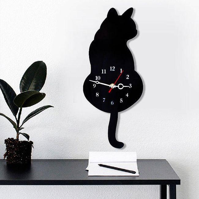 Černá kočička bdsm