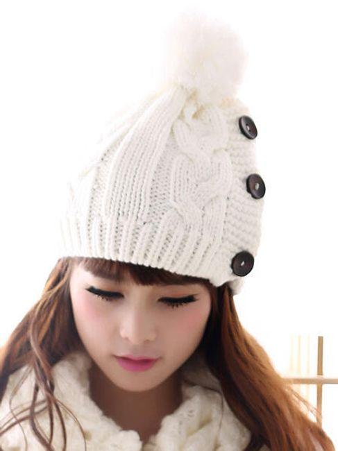 Dámská zimní čepice s knoflíky - ve 2 barvách 1