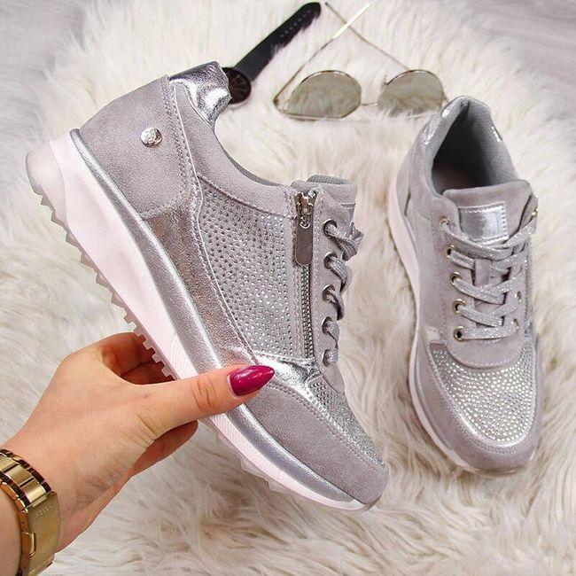 Női platform cipő Ewra