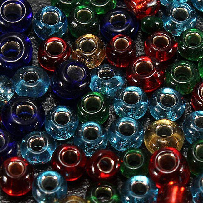 Skleněné navlékací korálky o 300 kusech v balení, na výběr z  5 barev 1